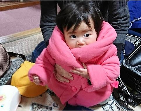 我が家の娘(10か月)もコートを買って冬の準備万端