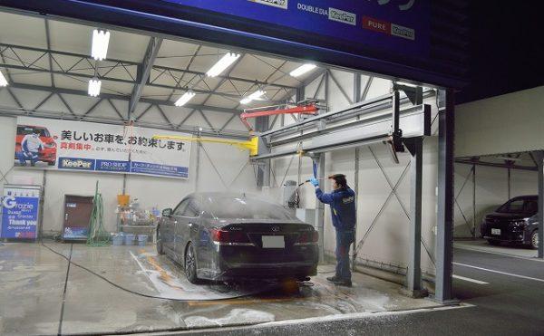 お湯で洗車