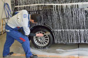 タイヤ洗い